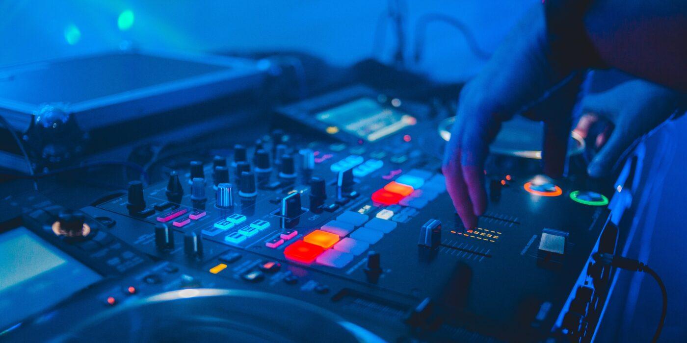 dj profeionist pentru evenimente